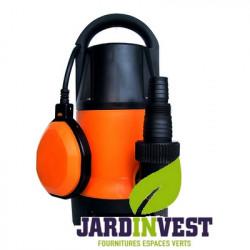 Pompe à eau immergée automatique pour eau chargées. Puissance de 550W pour un débit de 10.500 l/h. 10m de câble.